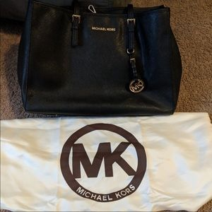 Michael Kors jet set large bag
